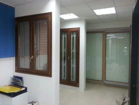 Finestre ante battenti e inferriate finestra