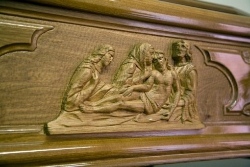 Bassorilievi raffiguranti scene religiose