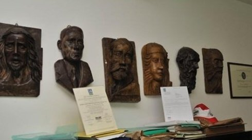 Busti in legno