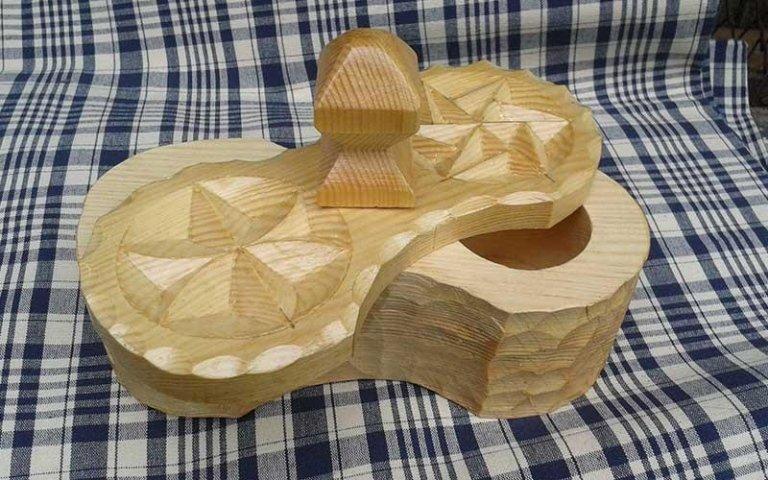 porta oggetti in legno