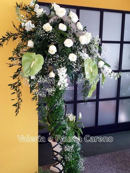 vetrina con fiori