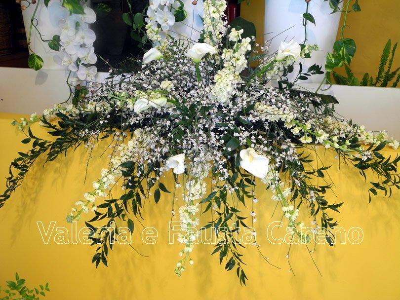 fiori con composizioni a forma di stella