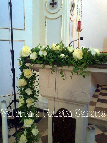 fiori per addobbare una chiesa