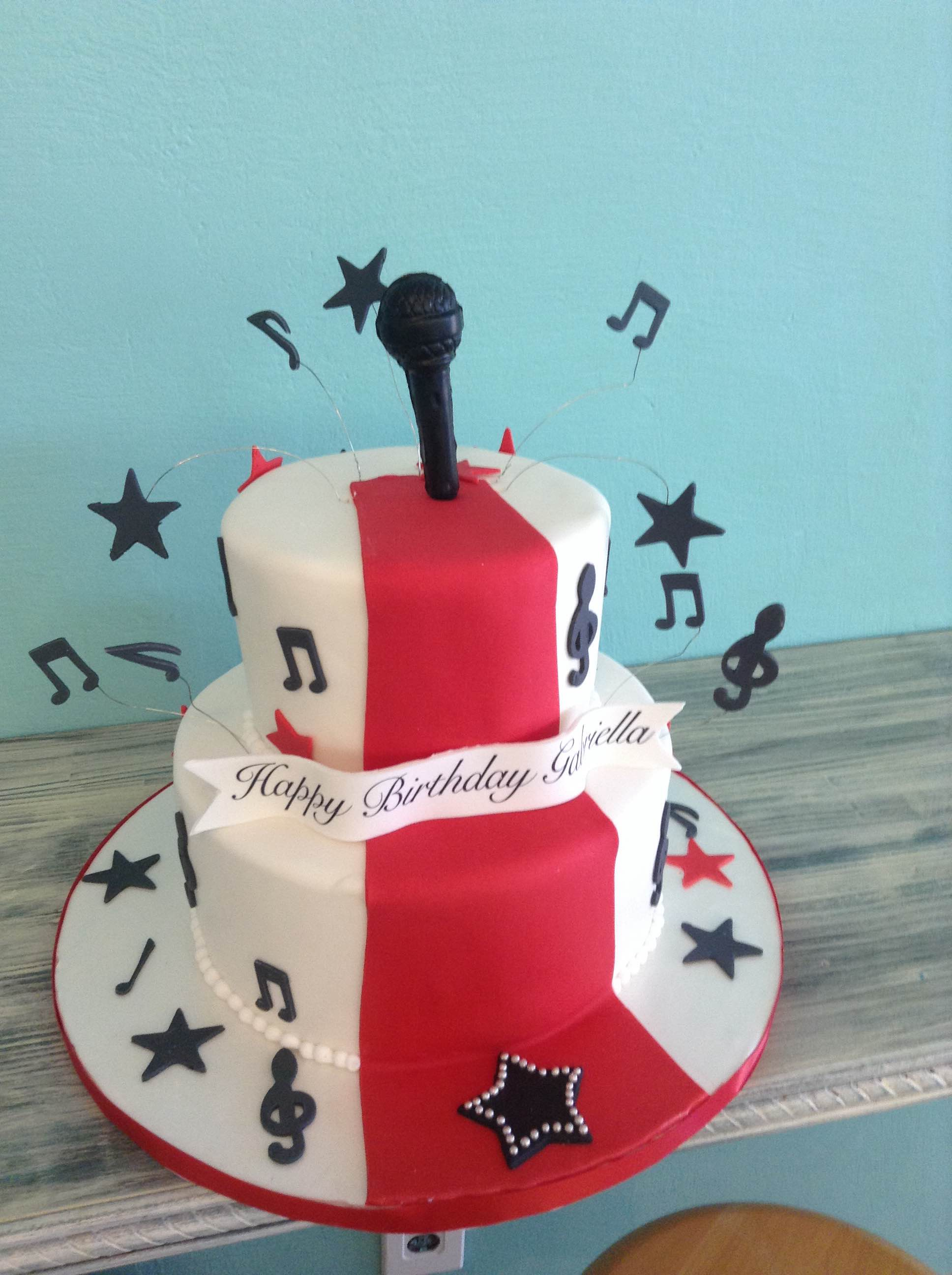 Everything Edible Musical Note Cake