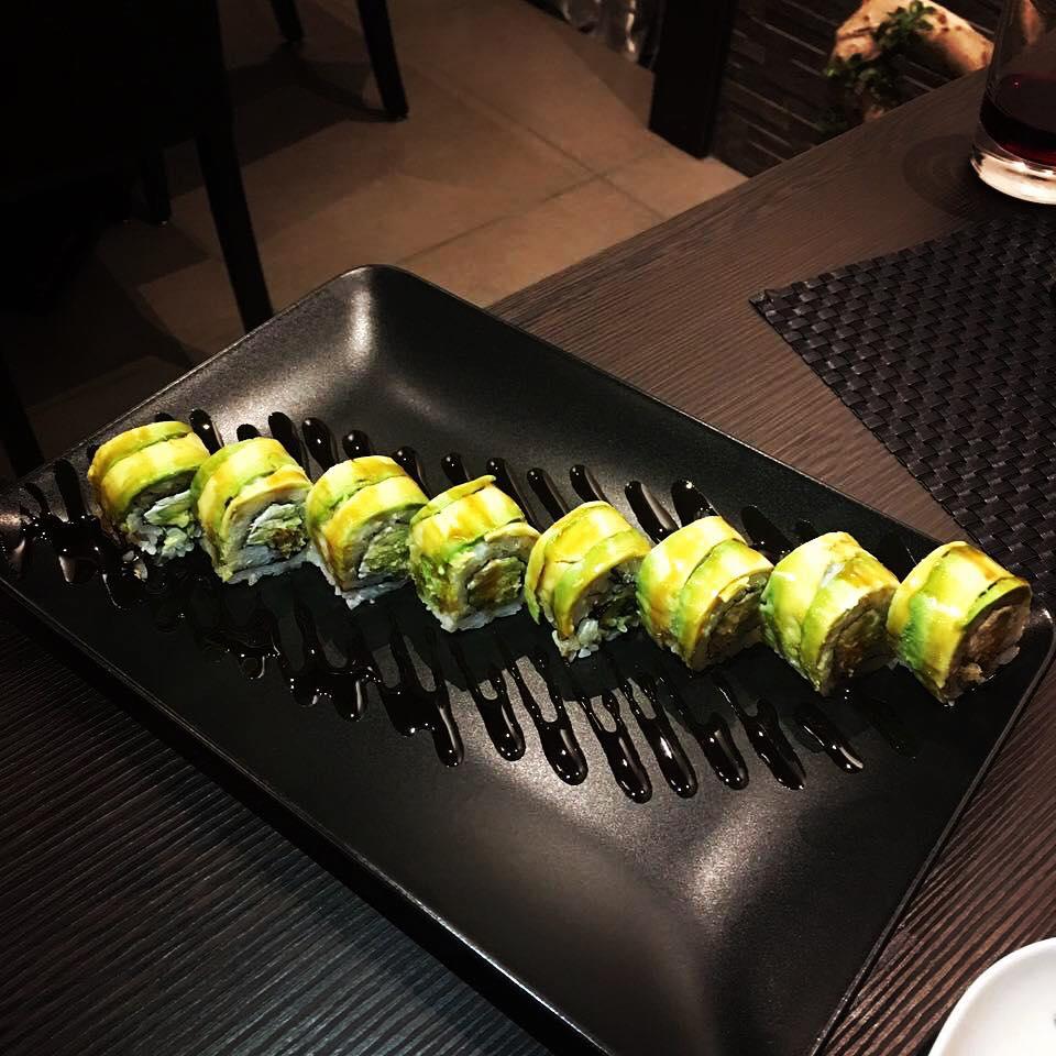 Uramaki con avocado a Torino