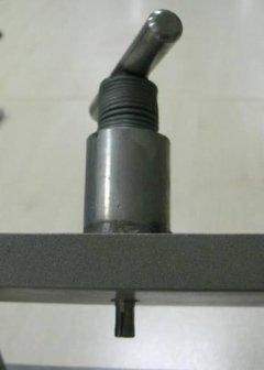 bayonet insert holder