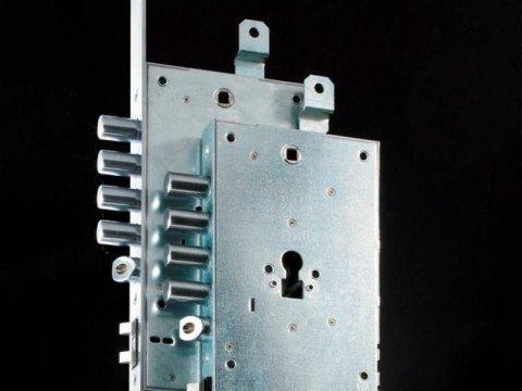 Prodotti per porte blindate
