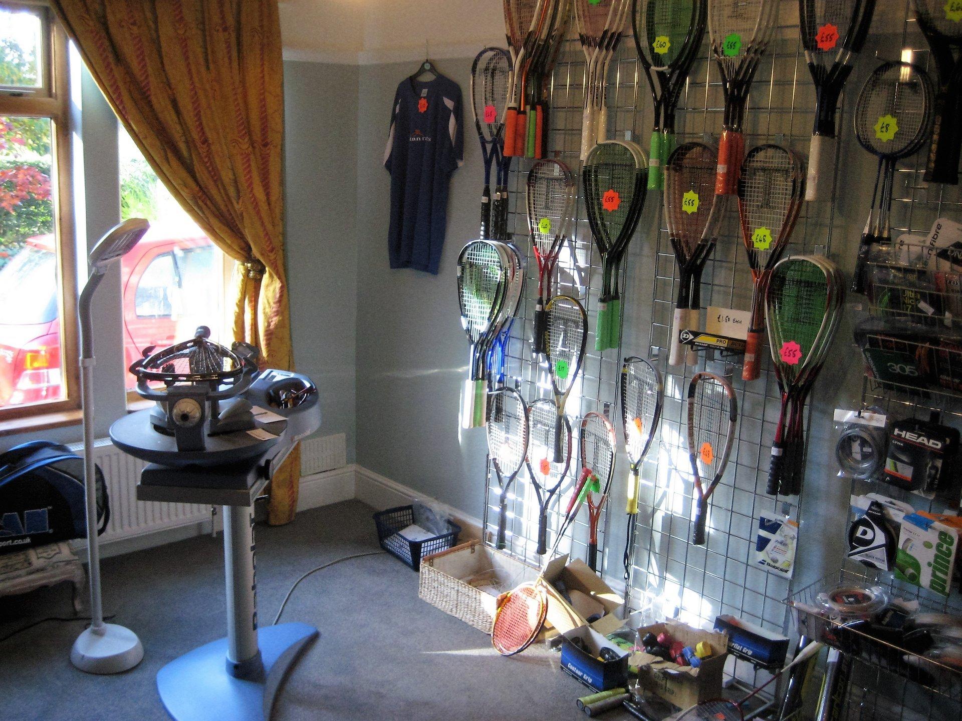 Racket restringing