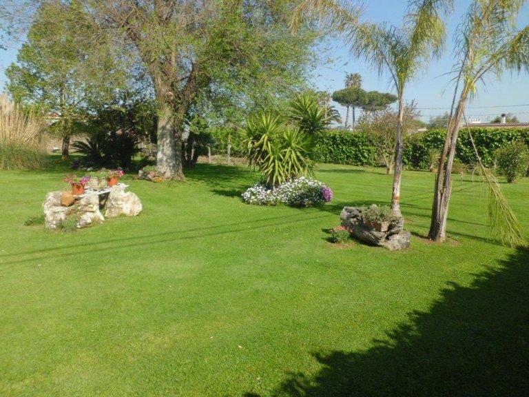 residenza per anziani con giardino