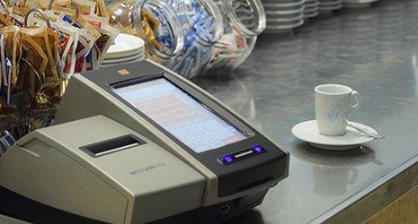 Nettuna 3000 non è semplicemente un registratore di cassa, ma un sistema integrato che risponde in maniera versatile alle esigenze del negozio e della piccola ristorazione.