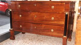 lucido naturale, restauro mobili, restauro tavolo antico
