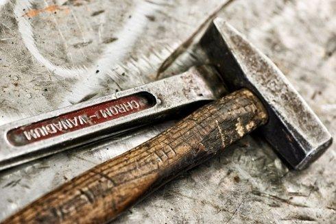 Strumenti per lavorazione carpenteria metallica