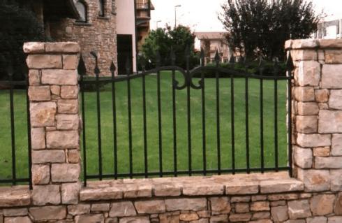 Realizzazione di recinzioni per abitazioni private