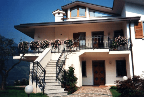 Strutture in ferro per scale e terrazzi
