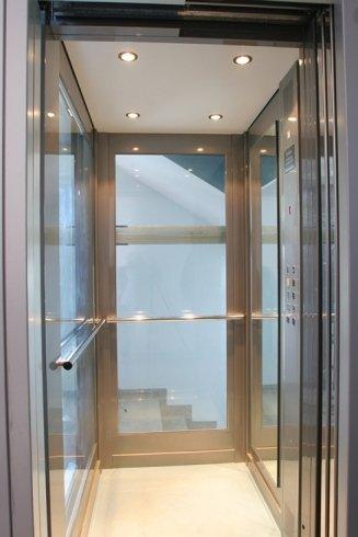 rivestimento interno ascensore vetro