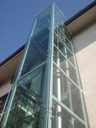 androne ascensore rivestimento vetro