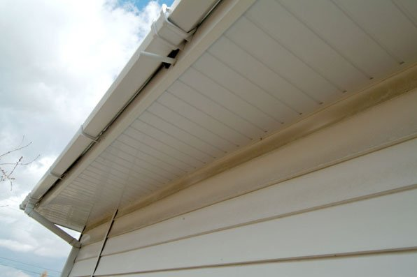 soffit and fascia fitting