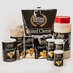 Dei confezioni di formaggio grattugiato della marca Fallini