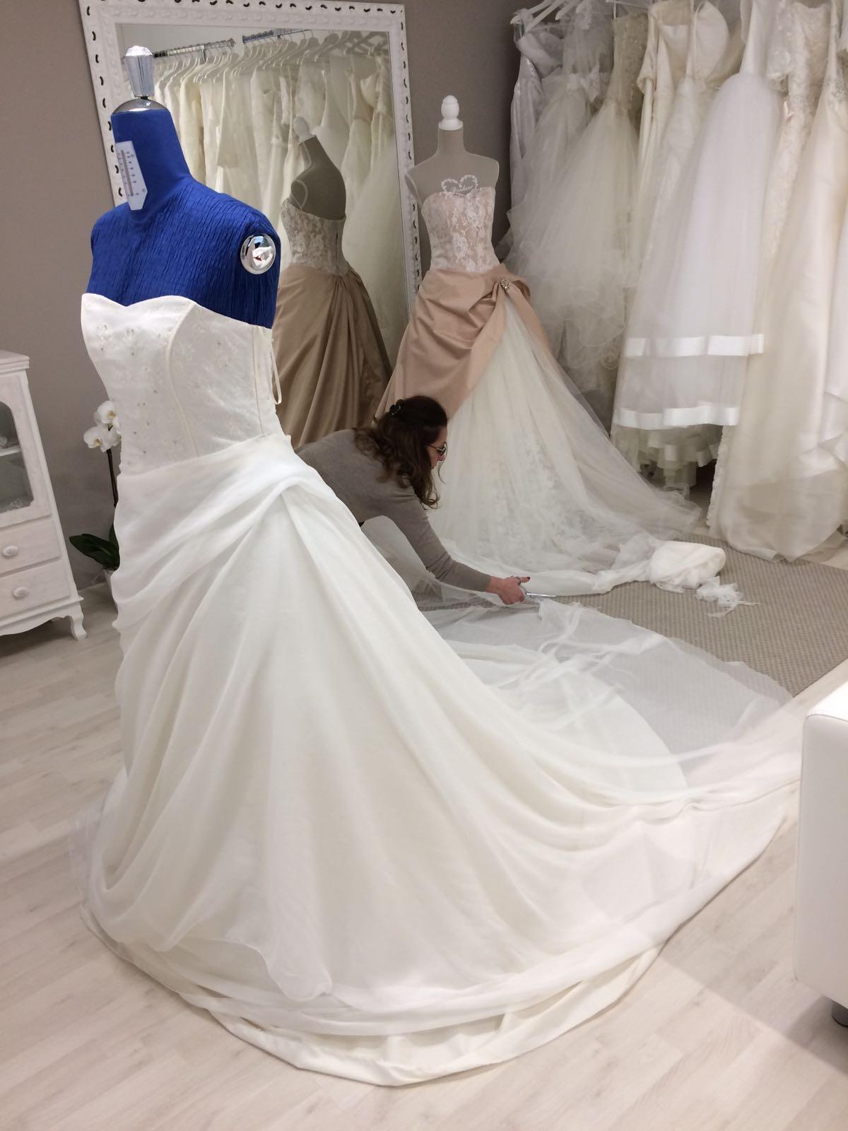abito da sposa ampio