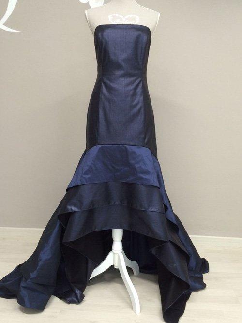 Elegante abito lungo blu scuro