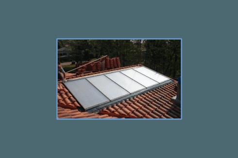 La nostra ditta installa pannelli solari.