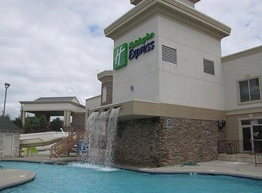 Holiday Inn Express & Suites Wisconsin Dells, WI