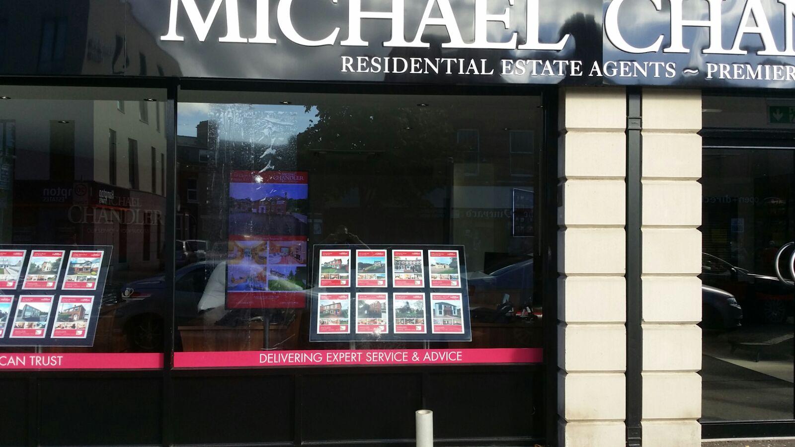MICHAEL shop front
