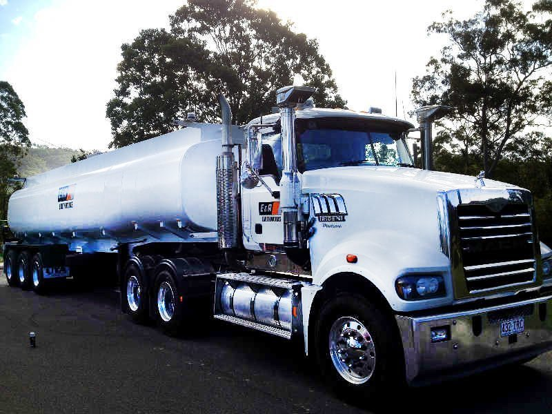 Bulk tank truck of Gold Coast bobcat equipment services
