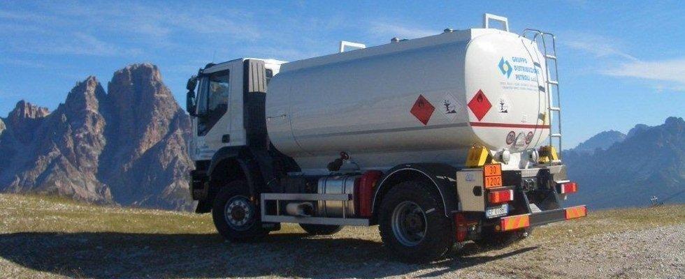 distribuzione carburanti e combustibili