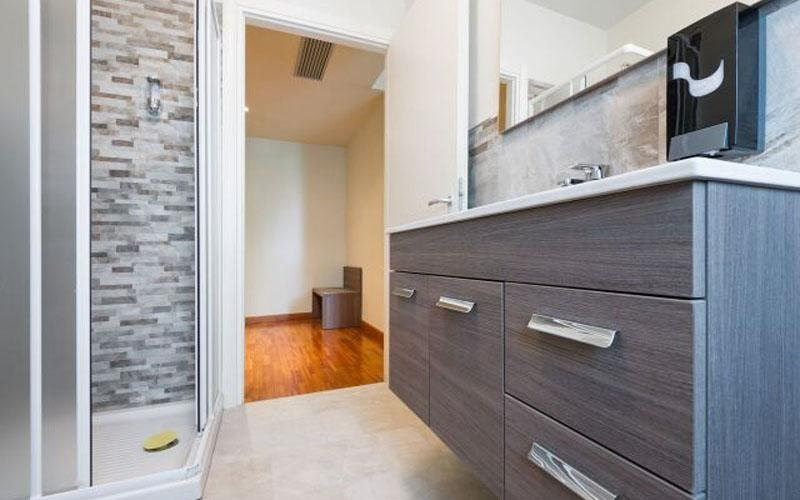 Comfortable and modern bathroom