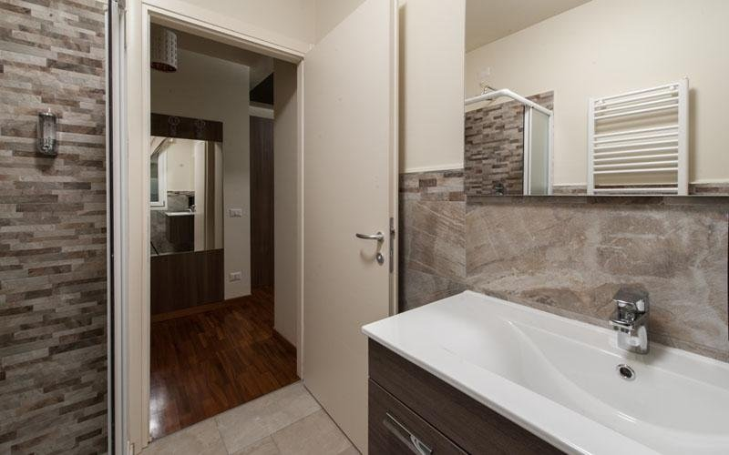 Room with a brand new bathroom