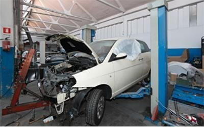 Riparazione carrozzeria auto incidentate