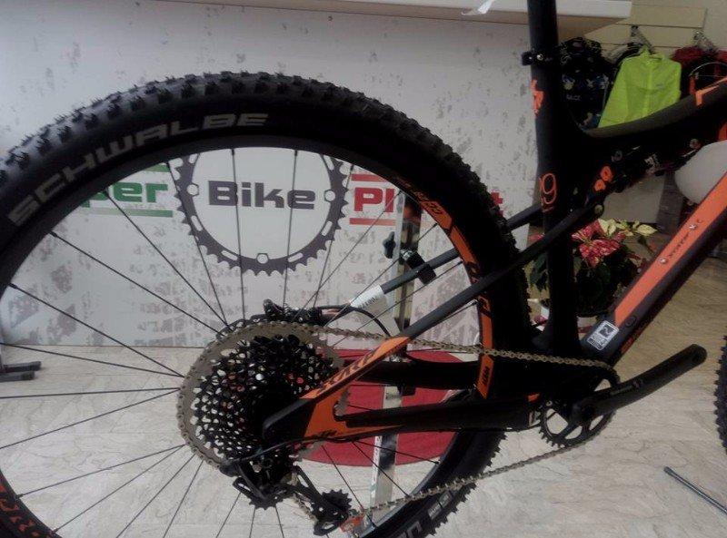 la ruota di una bici