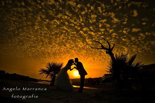 Ombra di una coppia al tramonto