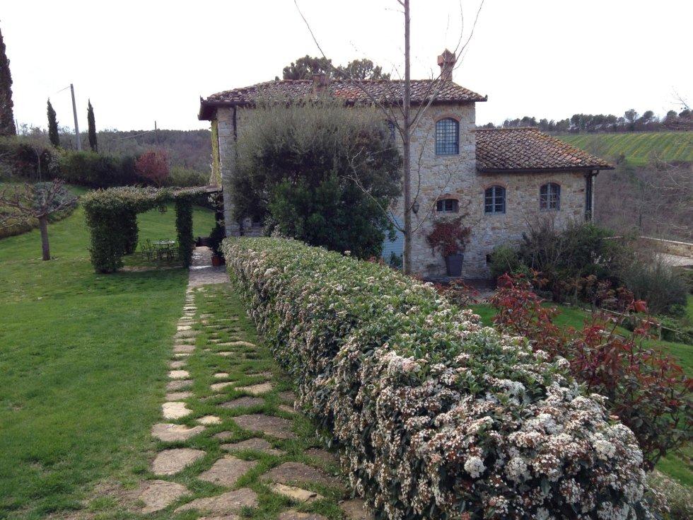 Progettazione realizzazione e manutenzione parchi for Realizzazione giardini firenze