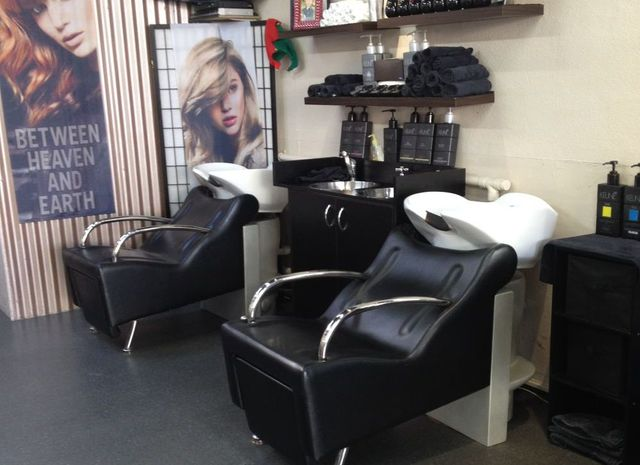 Seats in salon