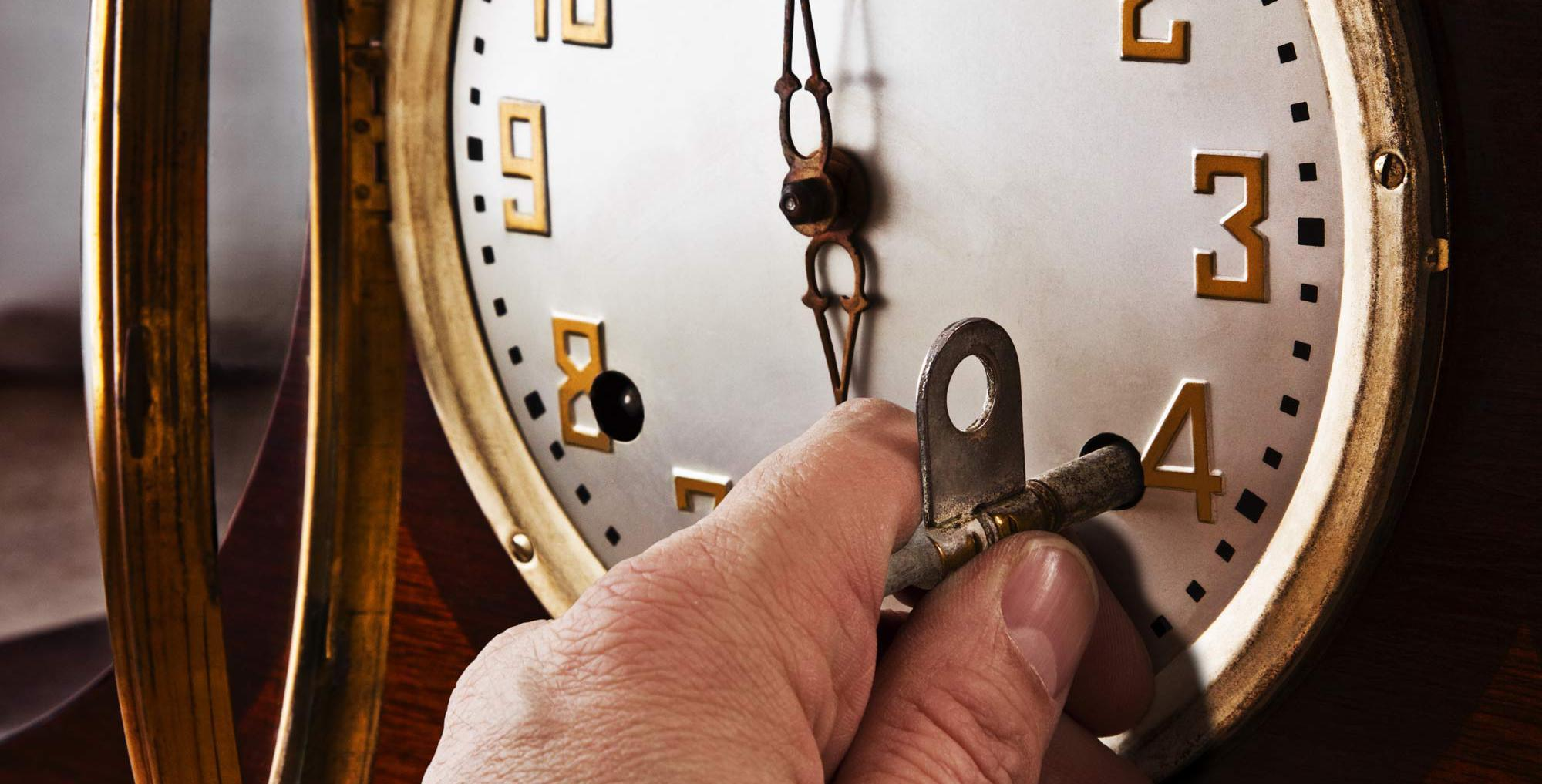 Winding key clock repair and quality maintenance services in Mason, OH