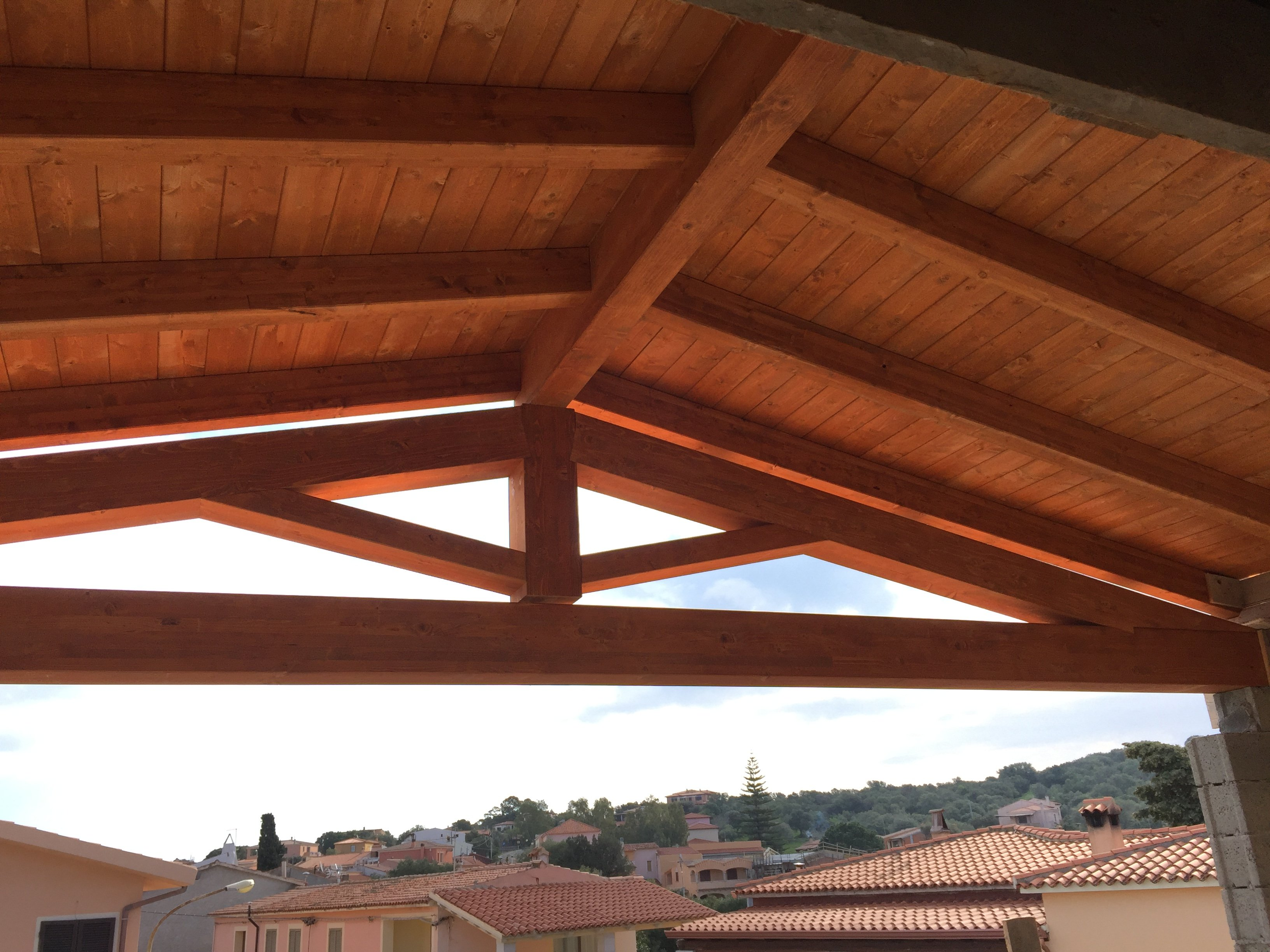 Struttura in legno di un tetto