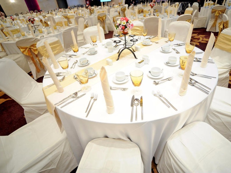 We add that personalized touch to your special event or corp meeting
