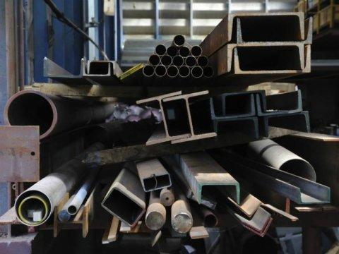lavorazione metalli e acciaio
