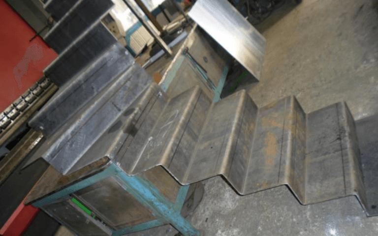 costruzione scel in ferro