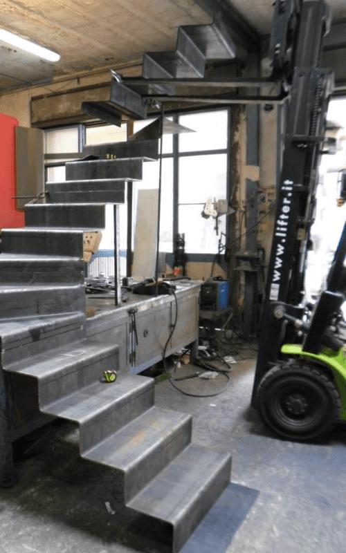 scala 10 mm in ferro