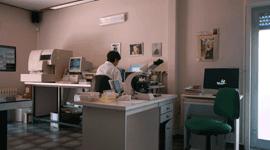 laboratorio con tecnico