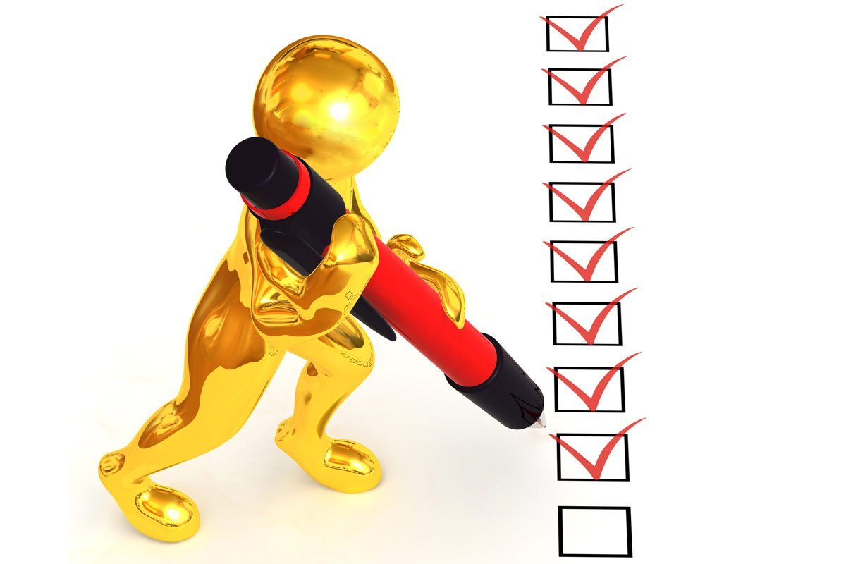 gold 3D figure ticking boxes
