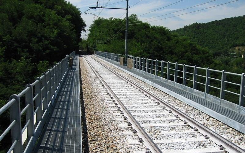 parapetto ponte
