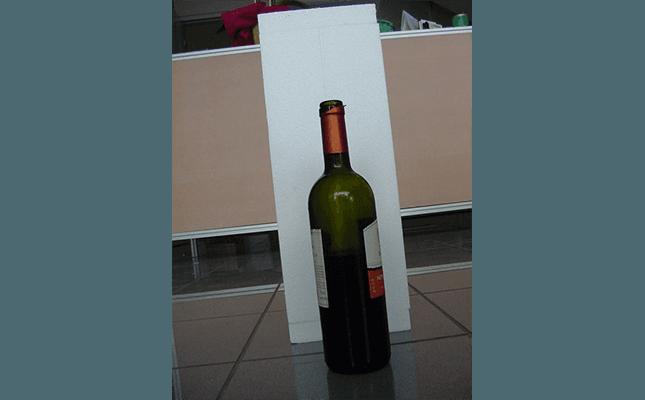 contenitori in polistirolo per bottiglie