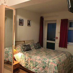 double bed hotel room