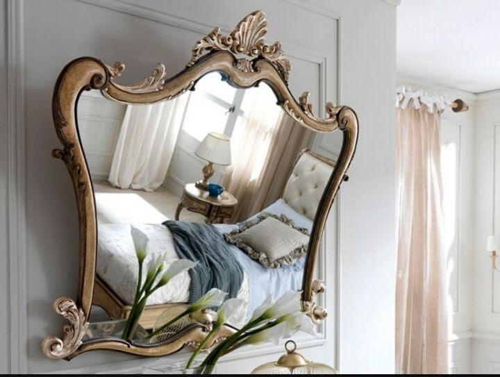 grande specchio in camera da letto