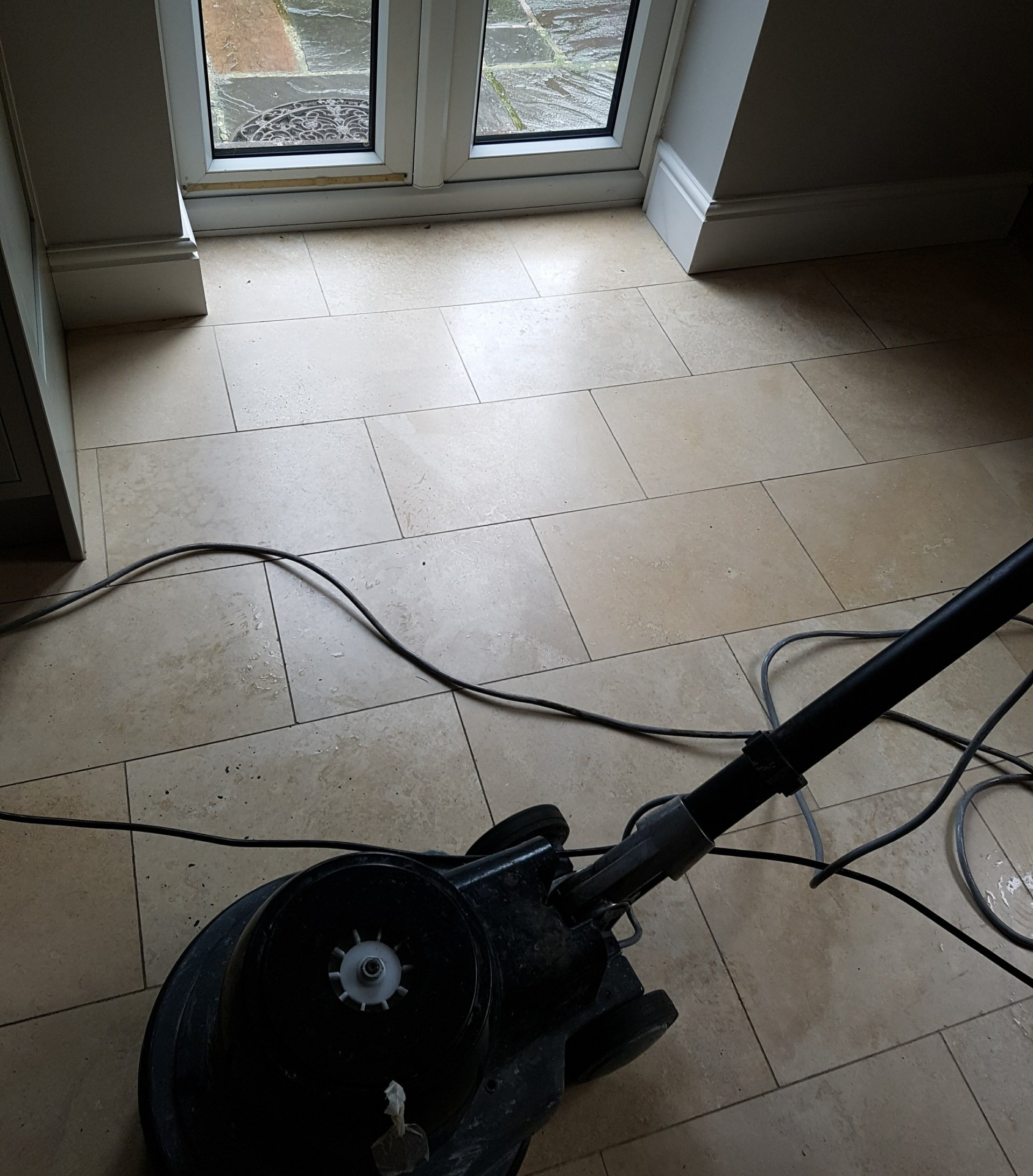 TRAVERTINE TILED FLOOR CLEANING, POLISHING AND SEALING IN