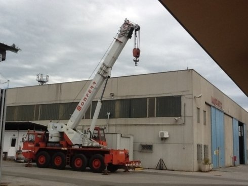 autogru 60 tonnellate